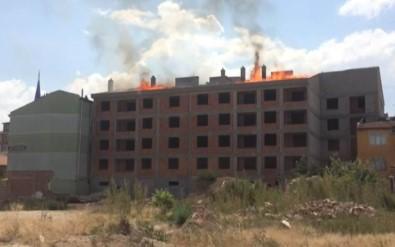 Konya'da İnşaat Halindeki 4 Katlı Binada Yangın
