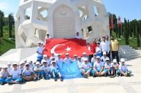 KÜÇÜKÇEKMECE BELEDİYESİ - Küçükçekmeceli Öğrencilerden 15 Temmuz Şehitler Anıtı'na Ziyaret