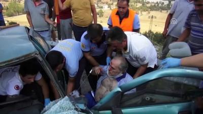 Muğla'da Otomobil İle Kamyonet Çarpıştı Açıklaması 5 Yaralı