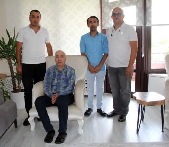 O Sağlık Görevlilerinden TEM'in Gazi Başkanına Ziyaret