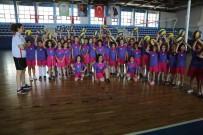 KAZıM KURT - Odunpazarı Belediyesi Voleybol Yaz Okuluna Büyük İlgi