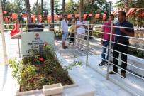 ÖZEL KUVVETLER - Ömer Halisdemir'in Kabri Türk Bayraklarıyla Donatıldı