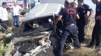 KARABÖRK - Otomobiller Kafa Kafaya Çarpıştı Açıklaması 1 Ölü, 3 Yaralı