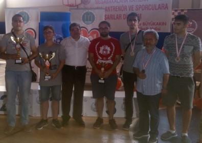Satranççılar Ödüle Doymuyor