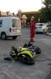 Traktör Ve Motosiklet Çarpıştı Açıklaması 2 Yaralı
