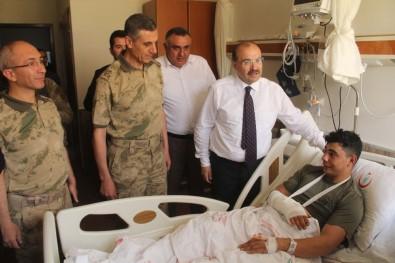 Vali Ustaoğlu'ndan Yaralı Askere Ziyaret