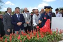 BALIKESİR VALİLİĞİ - 15 Temmuz Kahramanı Şehit Polis Turgut Solak Kabri Başında Anıldı