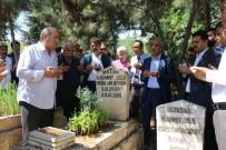 SANAT MÜZİĞİ - Abdullah Uyanık Mezarı Başında Anıldı