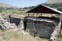 BITLIS EREN ÜNIVERSITESI - Bitlis Kalesi'nde 3 Yıl Aradan Sonra Kazı Çalışması