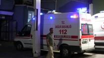İSMAIL ŞAHIN - Bursa'da Bıçaklı Kavga Açıklaması 2 Yaralı