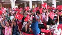Çocuklar 15 Temmuz Şehitlerini Camide Dualarla Andı