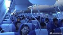 OKSİJEN SEVİYESİ - Elektronik Sigara İçtiğini Saklamaya Çalışan Pilot Uçağı Acil İnişe Geçirdi