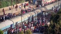 KAHIRE - GÜNCELLEME - Mısır'da Tren Kazası