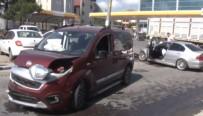 BENZIN - Hadımköy'de Kaza Açıklaması 2'Si Asker 3 Kişi Yaralı