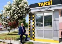 TAKSİ DURAKLARI - İzmir'in Yeni Taksi Duraklarına Tam Not