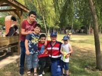 PİKNİK ALANLARI - Jandarma'dan Çocuklar İçin Anlamlı Uygula