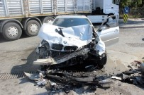 BENZIN - (Ozel) Hadımköy'de Kaza Açıklaması 2'Si Asker 3 Kişi Yaralı