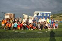 FUTBOL TURNUVASI - Samsun'da Gençleri Kötü Alışkanlıklardan Korumak İçin Futbol Turnuvası Düzenlendi