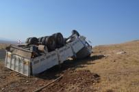 MEHMET YAŞAR - Şanlıurfa'da Trafik Kazası Açıklaması 6 Yaralı