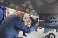 JANDARMA GENEL KOMUTANI - Bakan Soylu, Helikopter Filo Komutanlığı'nda Bulunan İHA'ları İnceledi