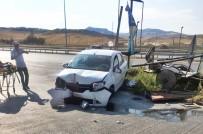 Bayan Sürücü Kaza Yaptı  Açıklaması 2 Yaralı