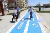 Burhaniye'de 1,5 Kilometrelik Bisiklet Yolu