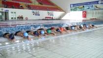 TERÖR MAĞDURU - Dezavantajlı Çocuklar Güvenle Yüzme Öğreniyor