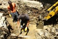 SU ŞEBEKESİ - Hizan'da Yarım Asırlık Su Şebekeleri Yenileniyor