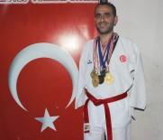 ALTIN MADALYA - Kolları Olmadan Taekwondo Şampiyonu Oldu