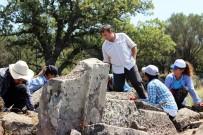 CELAL BAYAR ÜNIVERSITESI - (Özel) Aigai'de Zeus Sunağı'nın İzleri Aranıyor