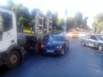 BEŞİKTAŞ - Kaza Yapan Ehliyetsiz Sürücünün Pişkinliği Pes Dedirtti