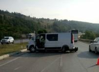 MURAT KOCA - Samsun'da Trafik Kazası Açıklaması 2 Ölü, 9 Yaralı