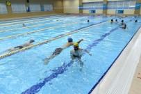 Tepebaşı'nda Yüzmek İçin Engel Yok