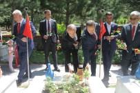 15 Temmuz Demokrasi Ve Milli Birlik Günü Dolayısıyla Şehitlik Ziyaret Edildi