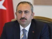 ÖLÜMSÜZ - Adalet Bakanı Gül: 15 Temmuz tarihinde bir geceye bin destan sığdırdılar