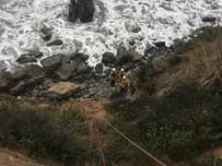 CALIFORNIA - ABD'de Aracıyla Kaybolan Kadın Radyatör Suyu İçerek Hayatta Kaldı