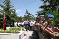 ŞEHİT YAKINLARI - Ahlat'ta 15 Temmuz Şehitleri Anıldı