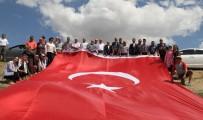 FATIH ÖZDEMIR - Ankara'da 60 Metrekarelik Dev Türk Bayrağı