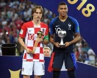 LUKA MODRIC - 'En İyi Oyuncu' Ödülü Luka Modric'e