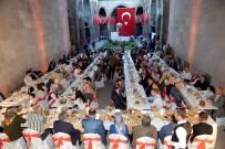 SEYFETTIN AZIZOĞLU - Erzurum'da Şehit Aileleri Ve Gaziler 15 Temmuz Yemeğinde Buluştu