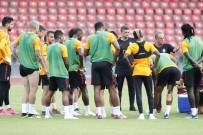 YOUNES BELHANDA - Galatasaray, Zürih'teki Hazırlıklarını Tamamladı