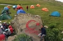 HASTANE - Gümüşhaneli Dağcılardan Şehitler Diyarına 15 Temmuz Zirve Tırmanışı