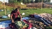 MUSTAFA YıLDıRıM - Güreş Sevdalıları Nehir Kenarında Sabahladı