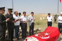 ŞEHİT AİLESİ - Kaymakam Kırlı'dan Şehit Ailesine Ziyaret