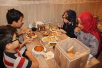 YUNUSEMRE - Konya'da Alkışlık Uygulama