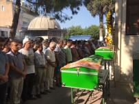 TRAFIK KAZASı - Kuşadası Kaza Kurbanı İki Genç İçin Ağlıyor