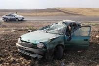 Lastiği Patlayan Otomobil Takla Attı Açıklaması 5 Yaralı