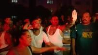 PATLAMA SESİ - Patlama Sesi Mahalleyi Sokağa Döktü