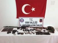 UZMAN JANDARMA - Van'da Terör Operasyonu Açıklaması 1 Terörist Sağ Olarak Yakalandı