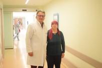 RADYOTERAPİ - 54 Yaşındaki Kadın 7 Santimetrelik Beyin Tümöründen Kurtuldu